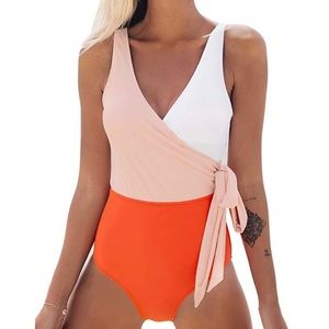 2/18- Cupshe Color Block Knotted Swimsuit